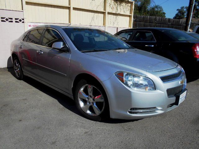 2011 Chevrolet Malibu LT w1LT Limited warranty included to assure your worry-free purchase AutoC