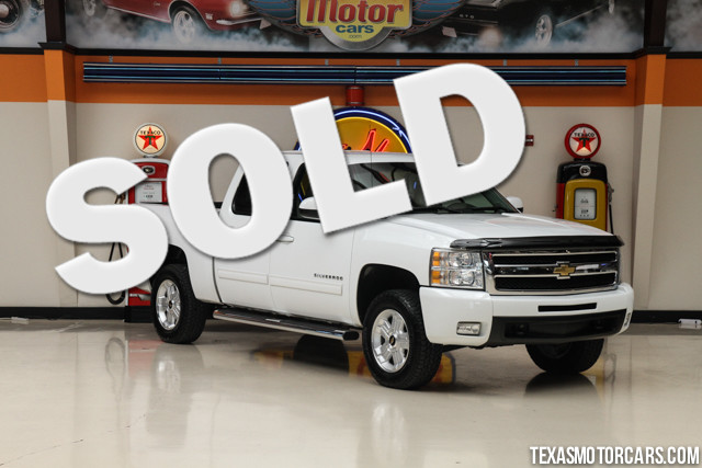2011 Chevrolet Silverado 1500 LTZ This Carfax 1-Owner accident-free 2011 Chevrolet Silverado 1500