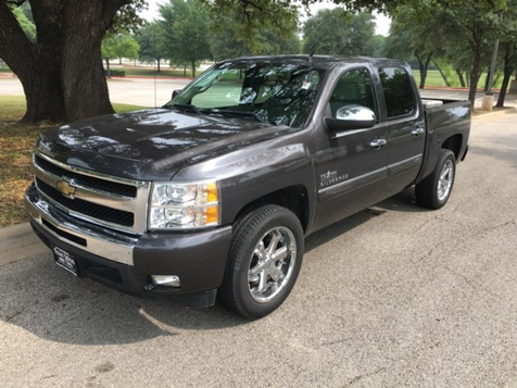 2011 Chevrolet Silverado 1500 LT in , Texas
