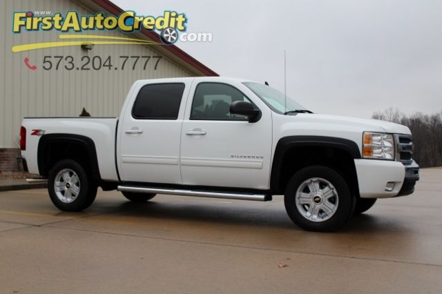 2011 Chevrolet Silverado 1500 LT | Jackson , MO | First Auto Credit in Jackson  MO