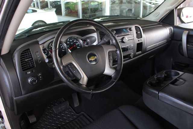 2011 Chevrolet Silverado 1500 LT EXT Cab RWD - ALL STAR EDITION! Mooresville , NC 31