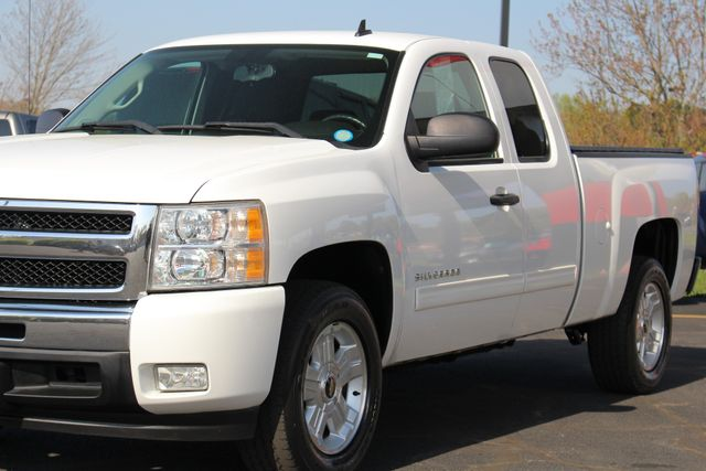 2011 Chevrolet Silverado 1500 LT EXT Cab RWD - ALL STAR EDITION! Mooresville , NC 24
