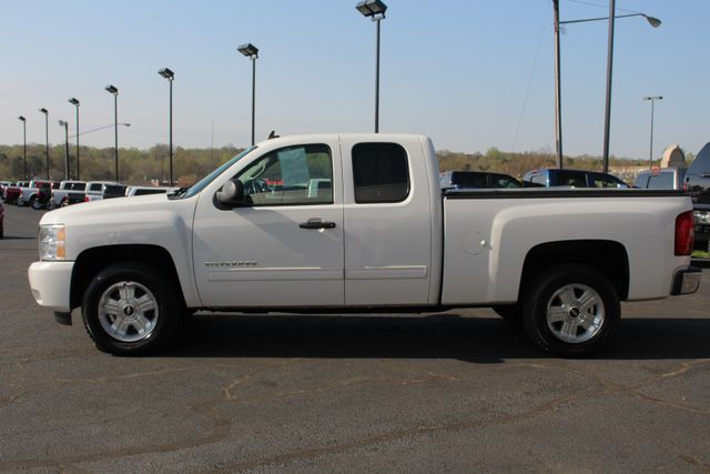 2011 Chevrolet Silverado 1500 LT EXT Cab RWD - ALL STAR EDITION! Mooresville , NC 13