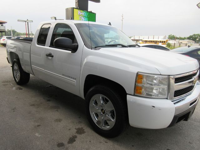2011 Chevrolet Silverado 1500, PRICE SHOWN IS THE DOWN PAYMENT south houston, TX 5