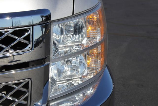 2011 Chevrolet Silverado 2500HD LTZ PLUS Crew Cab 4x4 - DURAMAX/ALLISION! Mooresville , NC 35
