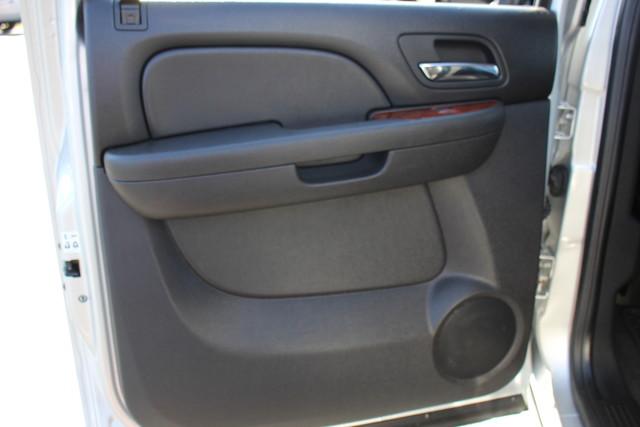 2011 Chevrolet Silverado 2500HD LTZ PLUS Crew Cab 4x4 - DURAMAX/ALLISION! Mooresville , NC 66