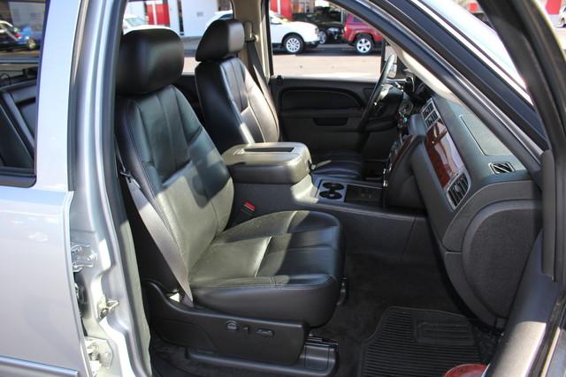 2011 Chevrolet Silverado 2500HD LTZ PLUS Crew Cab 4x4 - DURAMAX/ALLISION! Mooresville , NC 12