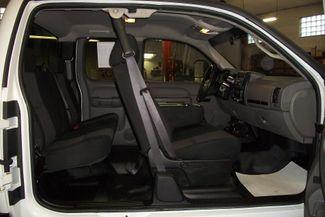 2011 Chevrolet Silverado LS 2500HD Diesel Bentleyville, Pennsylvania 3