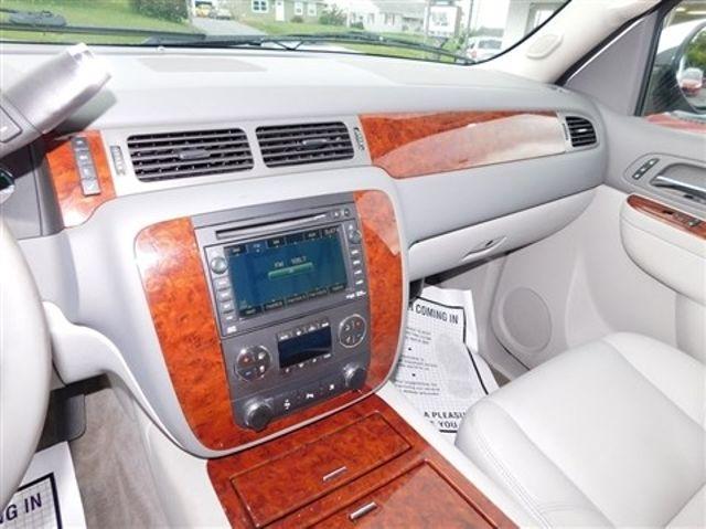 2011 Chevrolet Suburban LTZ Ephrata, PA 14