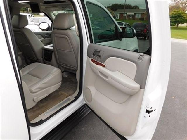 2011 Chevrolet Suburban LTZ Ephrata, PA 22