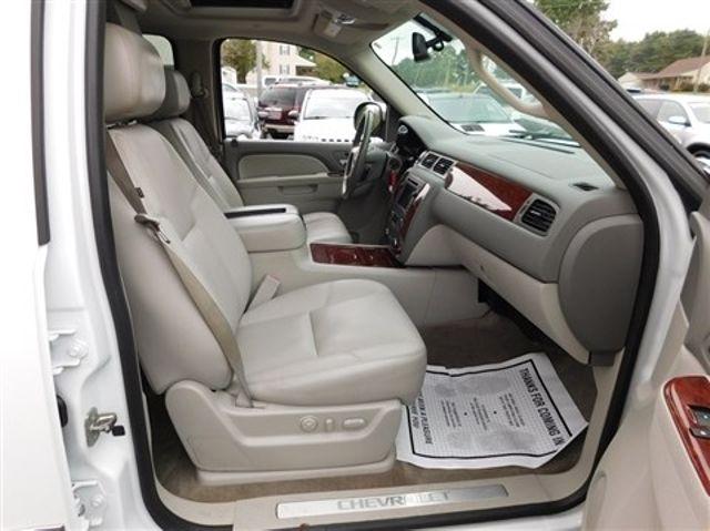 2011 Chevrolet Suburban LTZ Ephrata, PA 25