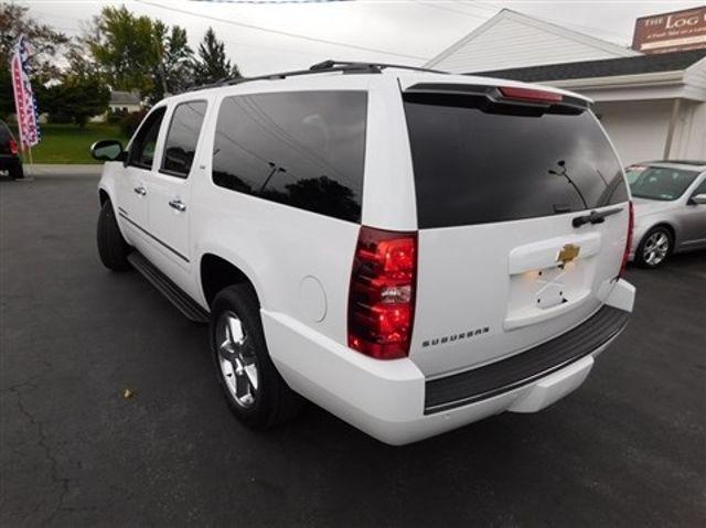 2011 Chevrolet Suburban LTZ Ephrata, PA 5