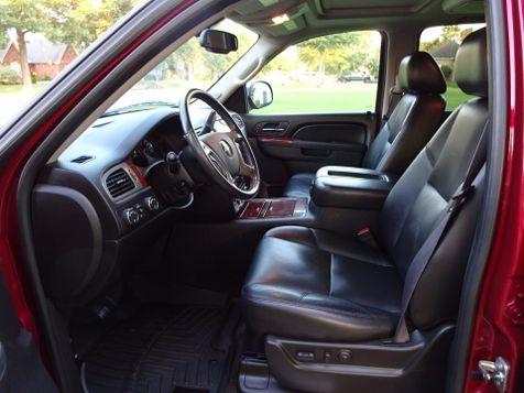 2011 Chevrolet Suburban LTZ | Marion, Arkansas | King Motor Company in Marion, Arkansas