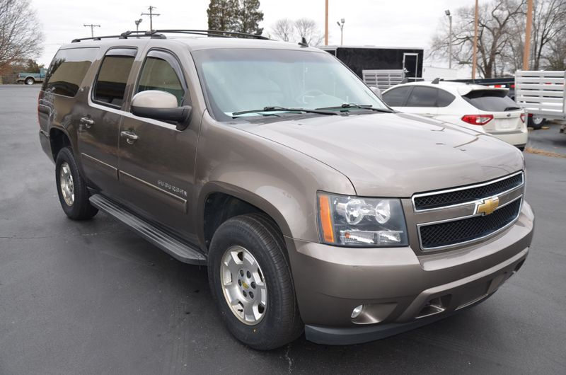 2011 Chevrolet Suburban LT  in Maryville, TN