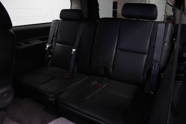 2011 Chevrolet Suburban LTZ Merrillville, Indiana 15