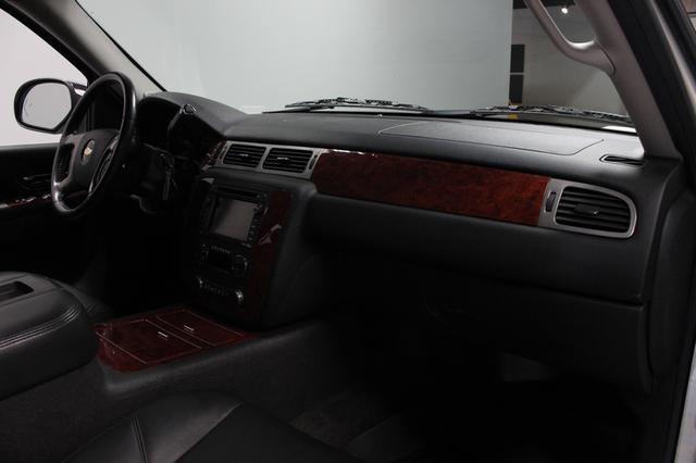 2011 Chevrolet Suburban LTZ Merrillville, Indiana 19