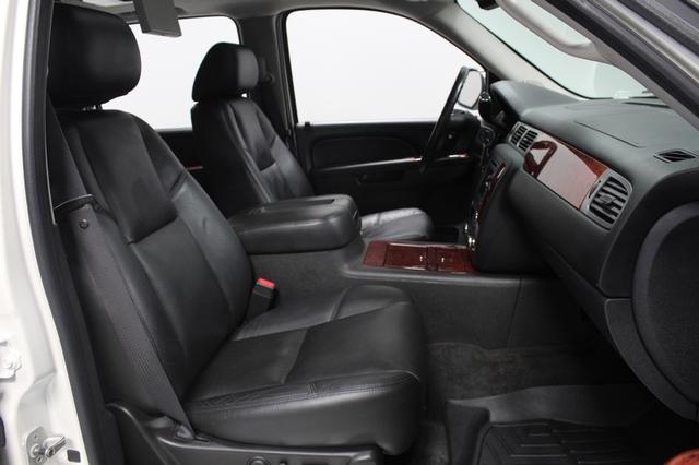 2011 Chevrolet Suburban LTZ Merrillville, Indiana 18