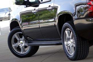 2011 Chevrolet Suburban LTZ * 1-OWNER * Sunroof * NAVI * A/C Seats * BOSE Plano, Texas 25