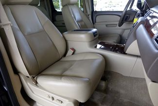 2011 Chevrolet Suburban LTZ * 1-OWNER * Sunroof * NAVI * A/C Seats * BOSE Plano, Texas 13