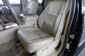 2011 Chevrolet Suburban LTZ * 1-OWNER * Sunroof * NAVI * A/C Seats * BOSE Plano, Texas 12