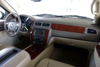 2011 Chevrolet Suburban LTZ * 1-OWNER * Sunroof * NAVI * A/C Seats * BOSE Plano, Texas 11