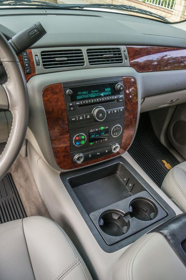 2011 Chevrolet Suburban LT - LTHR - 113K MILES - 3RD ROW - TOW PKG Reseda, CA 19