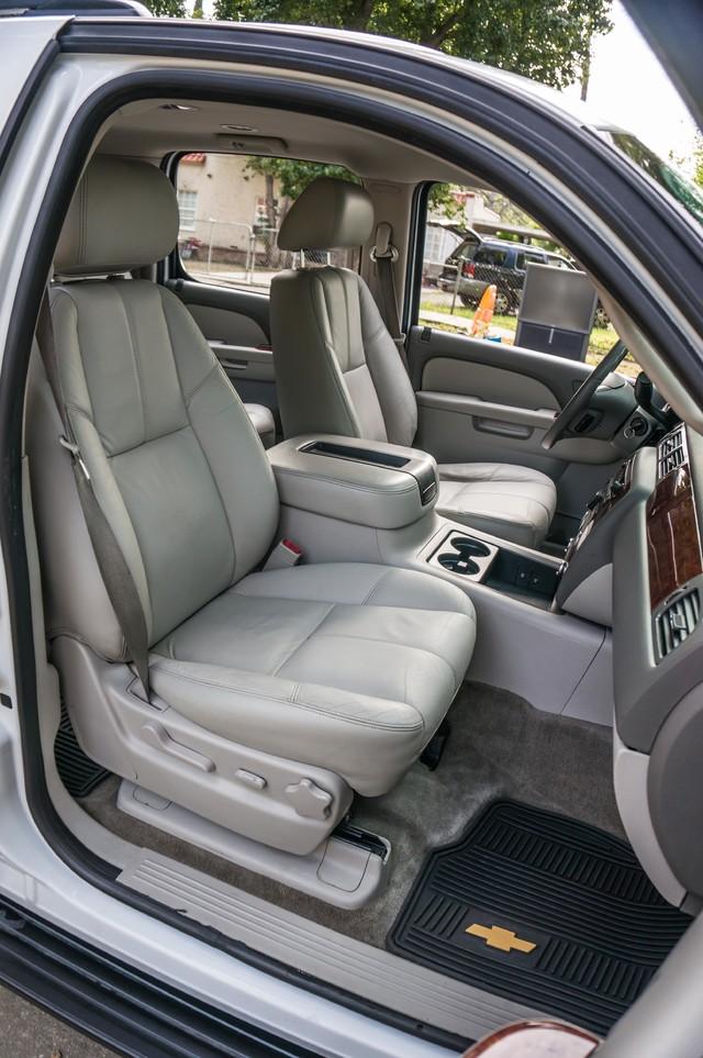 2011 Chevrolet Suburban LT - LTHR - 113K MILES - 3RD ROW - TOW PKG Reseda, CA 23