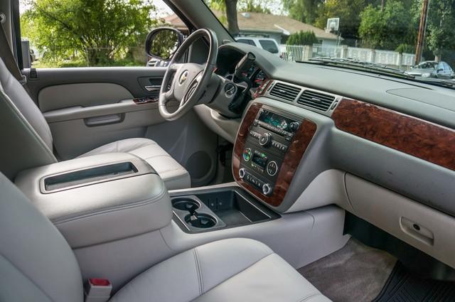 2011 Chevrolet Suburban LT - LTHR - 113K MILES - 3RD ROW - TOW PKG Reseda, CA 27