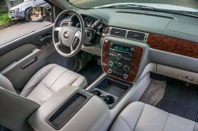 2011 Chevrolet Suburban LT - LTHR - 113K MILES - 3RD ROW - TOW PKG Reseda, CA 29