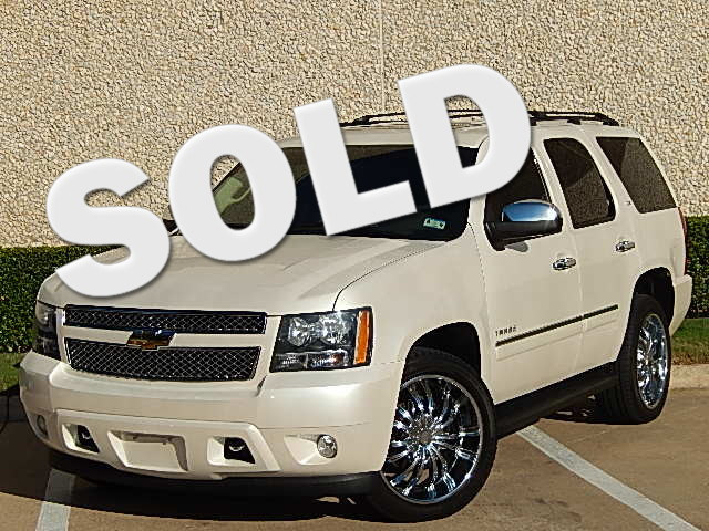 2011 Chevrolet Tahoe LTZ LIKE A ROCK This beautiful 2011 Chevy Tahoe LTZ 4x4 is fully serviced an