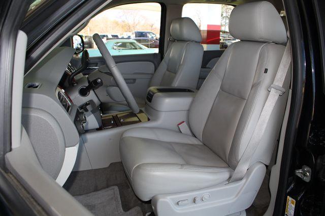 2011 Chevrolet Tahoe LTZ 4X4 - NAVIGATION - REAR DVD - SUNROOF! Mooresville , NC 10