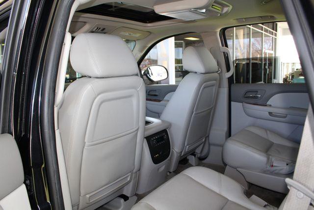 2011 Chevrolet Tahoe LTZ 4X4 - NAVIGATION - REAR DVD - SUNROOF! Mooresville , NC 41