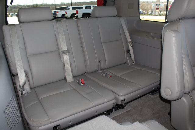 2011 Chevrolet Tahoe LTZ 4X4 - NAVIGATION - REAR DVD - SUNROOF! Mooresville , NC 40