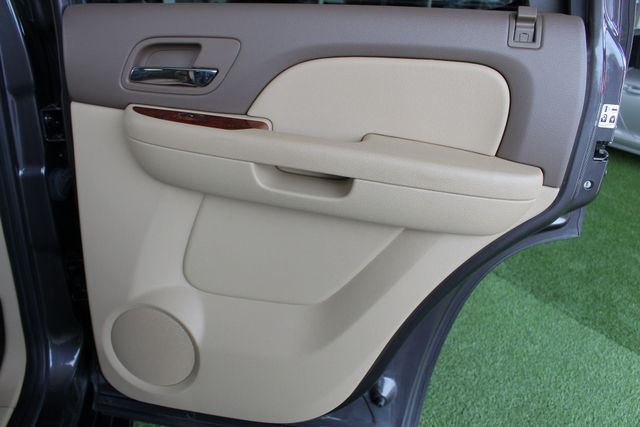 2011 Chevrolet Tahoe LTZ 4X4 - NAVIGATION - REAR DVD - SUNROOF! Mooresville , NC 45