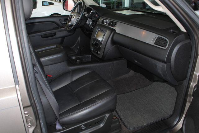 2011 Chevrolet Tahoe LTZ 4X4 - NAVIGATION - REAR DVD - SUNROOF! Mooresville , NC 32