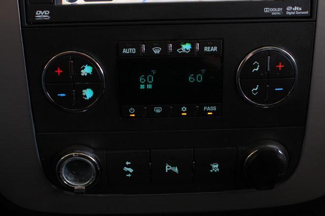 2011 Chevrolet Tahoe LTZ 4X4 - NAVIGATION - REAR DVD - SUNROOF! Mooresville , NC 35