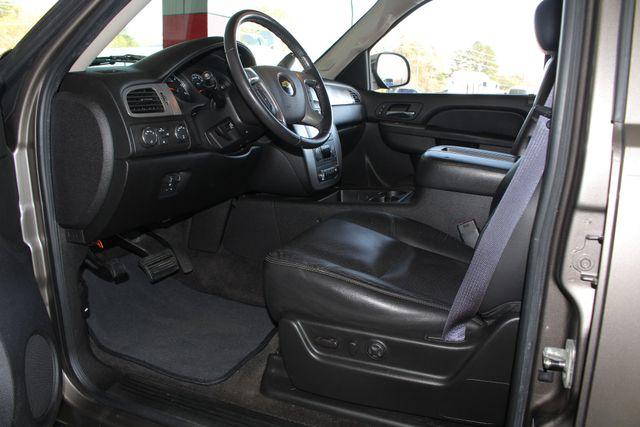 2011 Chevrolet Tahoe LTZ 4X4 - NAVIGATION - REAR DVD - SUNROOF! Mooresville , NC 30