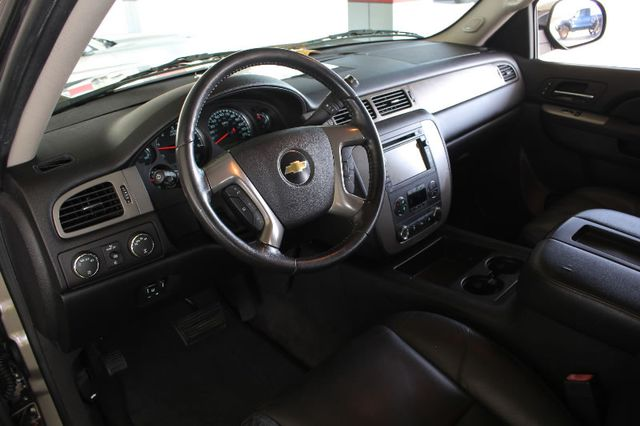 2011 Chevrolet Tahoe LTZ 4X4 - NAVIGATION - REAR DVD - SUNROOF! Mooresville , NC 31