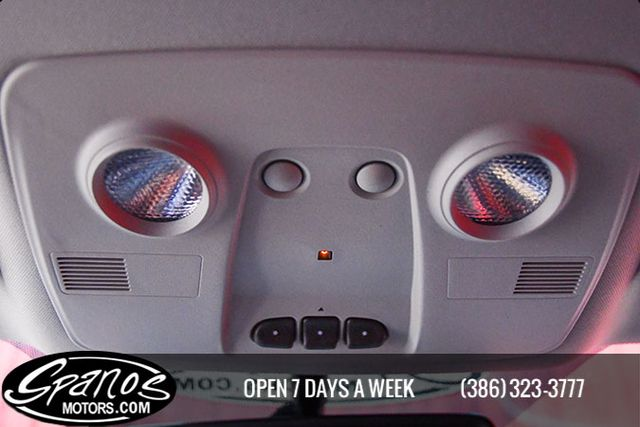 2011 Chevrolet Traverse LT w/1LT Daytona Beach, FL 40