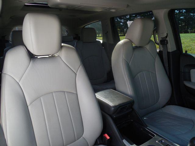2011 Chevrolet Traverse LTZ Leesburg, Virginia 7