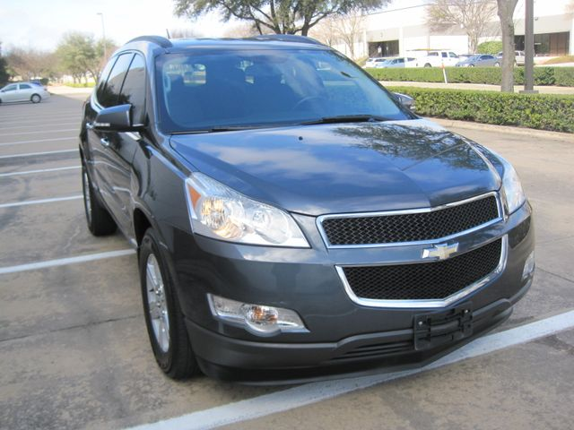 2011 Chevrolet Traverse LT, 1 Local Owner, X/nice, Low Miles. Plano, Texas 1