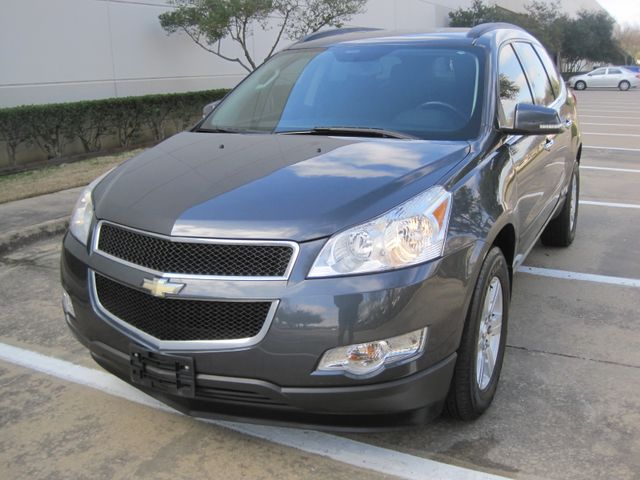 2011 Chevrolet Traverse LT, 1 Local Owner, X/nice, Low Miles. Plano, Texas 3