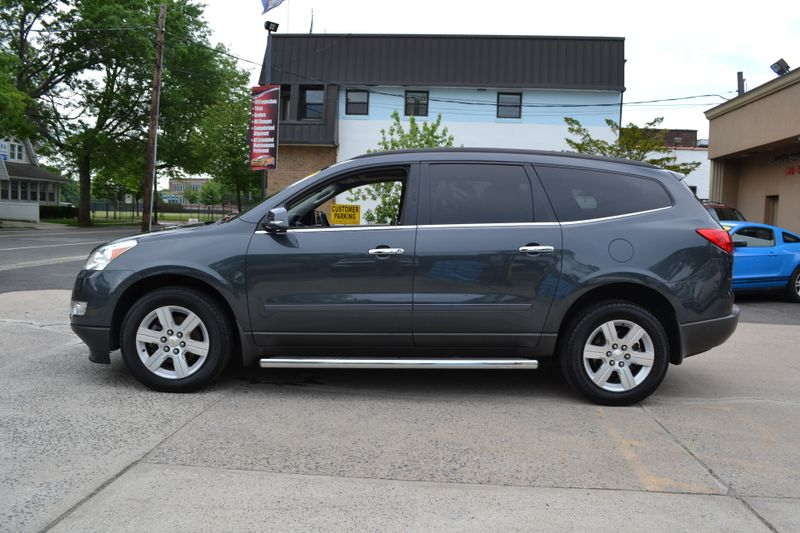 2011 Chevrolet Traverse LT w2LT  city New  Father  Son Auto Corp   in Lynbrook, New