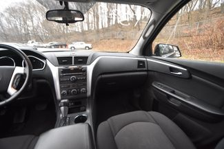 2011 Chevrolet Traverse LT Naugatuck, Connecticut 14