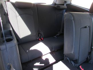 2011 Chevrolet Traverse LT, 3rd Row! Clean CarFax! New Orleans, Louisiana 18