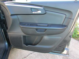 2011 Chevrolet Traverse LT, 3rd Row! Clean CarFax! New Orleans, Louisiana 22