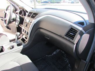 2011 Chevrolet Traverse LT, 3rd Row! Clean CarFax! New Orleans, Louisiana 23