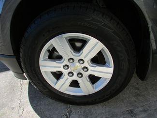 2011 Chevrolet Traverse LT, 3rd Row! Clean CarFax! New Orleans, Louisiana 27
