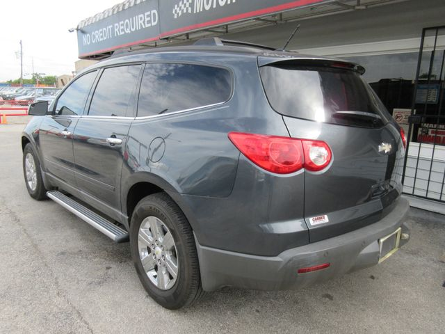 2011 Chevrolet Traverse, PRICE SHOWN IN THE DOWN PAYMENT south houston, TX 3