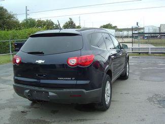 2011 Chevrolet Traverse LT w/2LT San Antonio, Texas 5